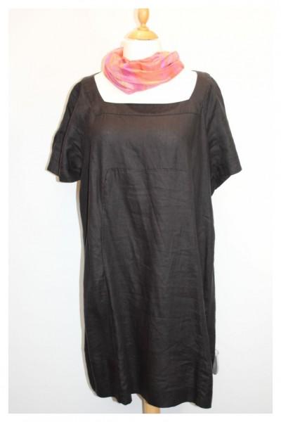 Schwarzes Leinenkleid