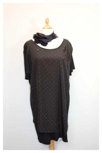 Schwarzes Kleid mit Glitzernieten